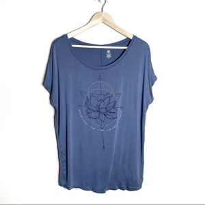 Gaiam Blue Lotus Graphic T-shirt Scoop Neck